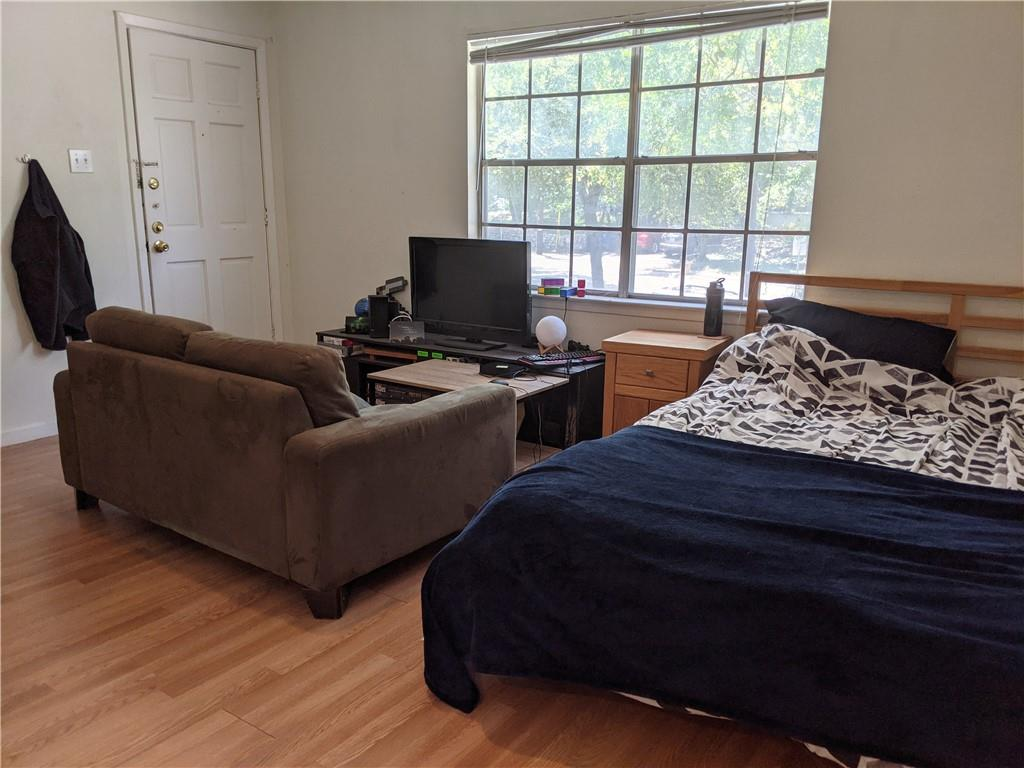 Studio located in well established Speedway Heights is walking distance to UT and nearby restaurants, cafes, and bars. Closest grocery stores are Wheatsville Food co-op, Red River Market and Grande Food Mart. This nicely cared for unit will have updates and upgrades throughout once tenant moves out. The beautiful kitchen also offers a breakfast bar. Tenant to pay landlord $30 for water each month. Don't wait, call now to schedule your showing appointment, this studio won't last long at this great price!