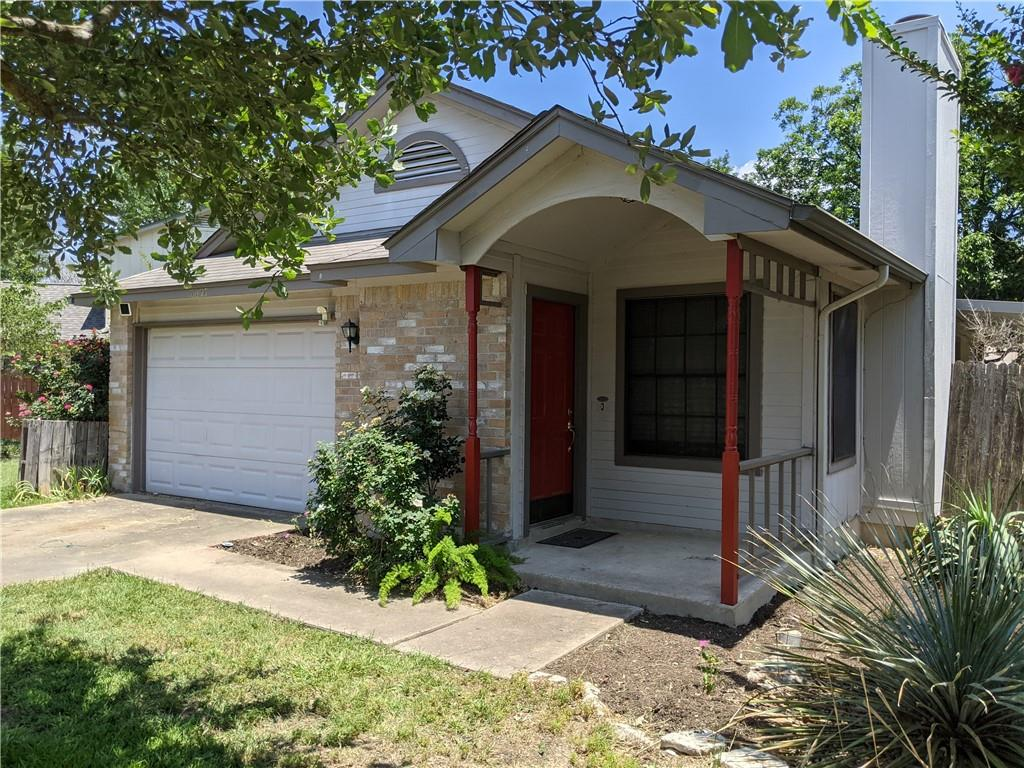 Single Story Home, 2 bed, 1.5 bath. Vaulted ceilings, fireplace, and wood vinyl in living room. Galley kitchen with tile floors, double stainless steel sink, washer/dryer. Walk-in closet in Master. Private backyard with large covered patio and functional raised garden beds.
