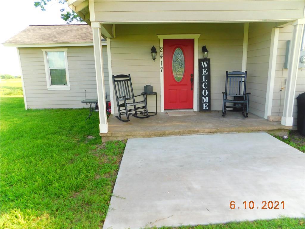 2417 W US HWY 90A HL, Shiner, TX 77984