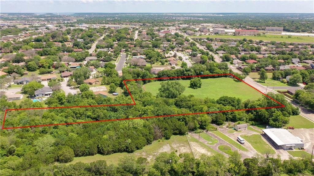 5 acre lot in Killeen that is zoned R3.  Public water, sewer, and electric available.  Neighborhood commercial uses permitted.