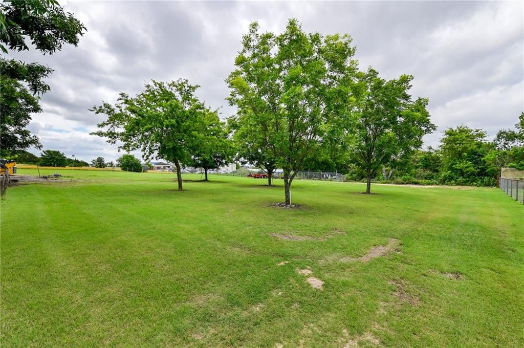 3845 Doris LN, Round Rock, TX 78664