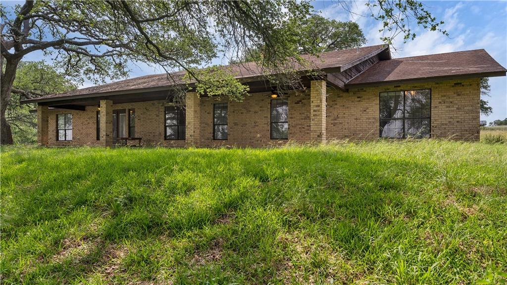 5695 Natures WAY, New Braunfels, TX 78132