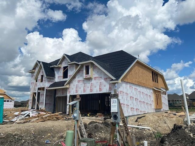 Dartmouth 2 Story Floorplan including: full gutters, 3 car garage, 5th bedroom + 3rd bath, full sod and sprinkler system, 5 burner cooktop, drop in tub and tile shower in master. Available October