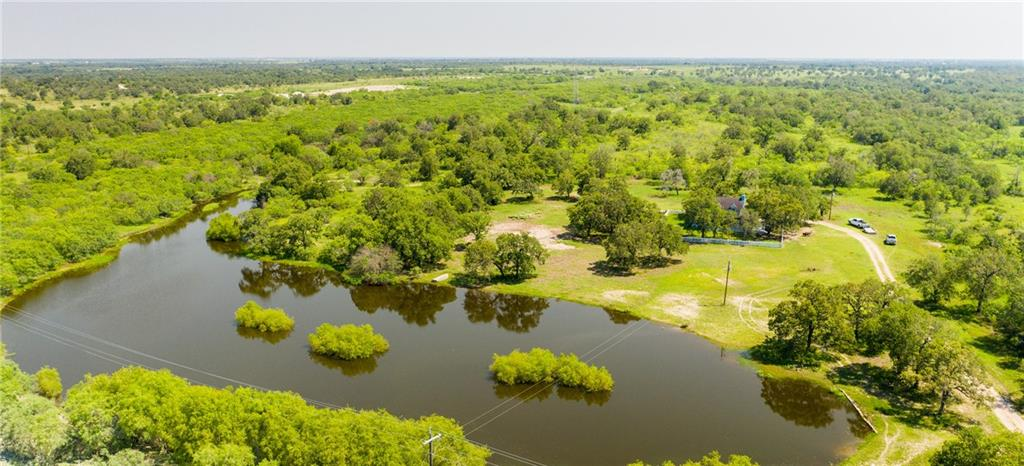 1629 County Rd 292, Gonzales, TX 78629