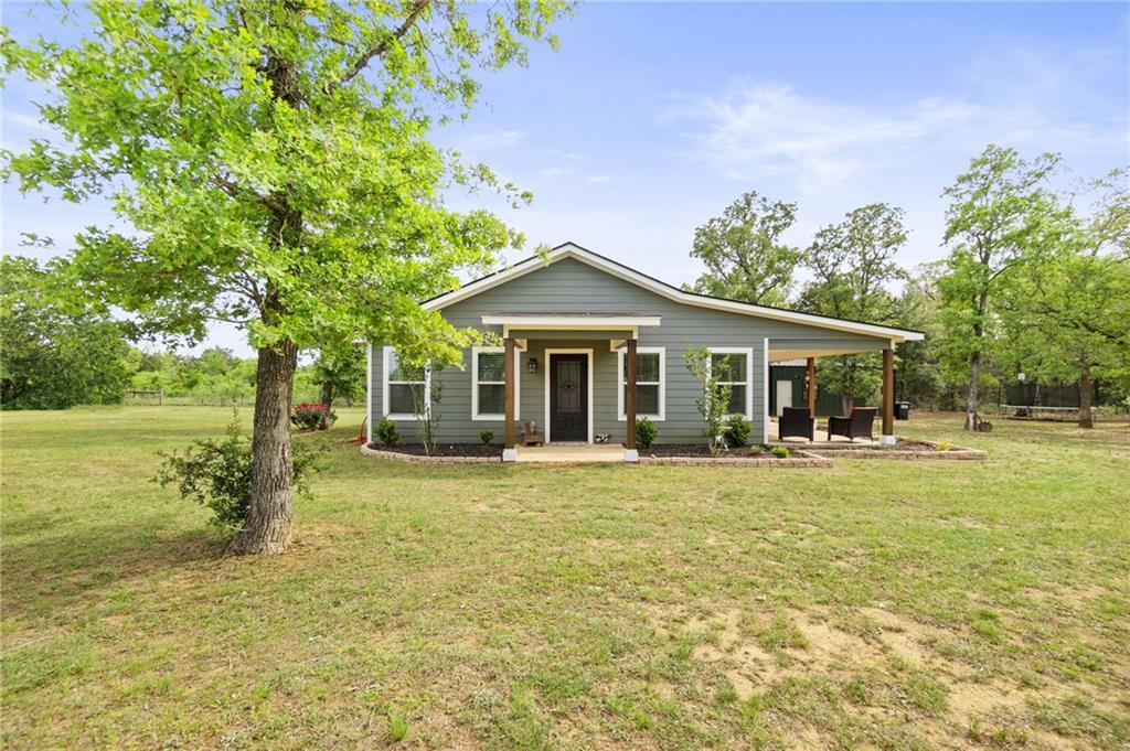 542 Saint Marys RD, Rosanky, TX 78953