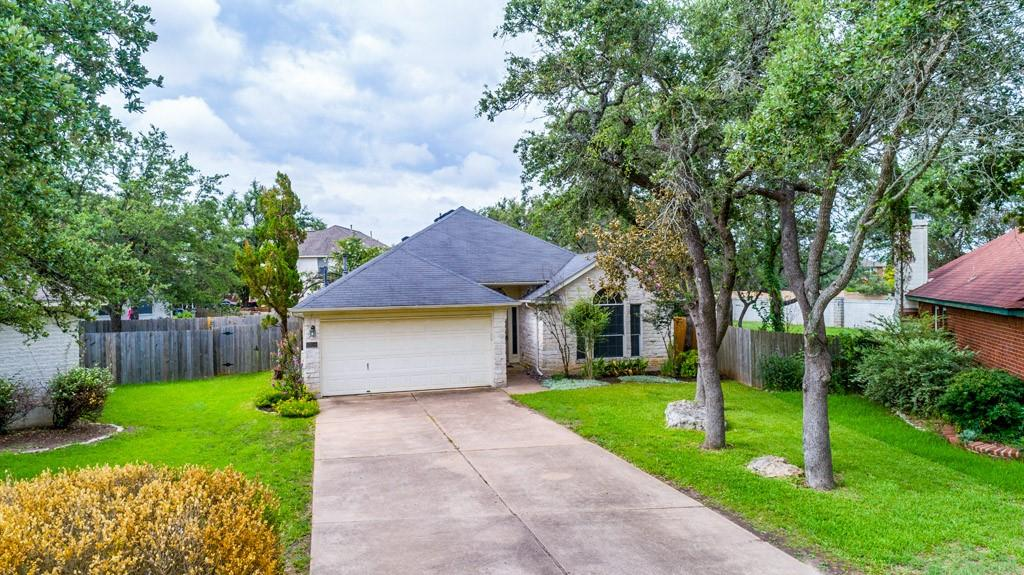 This is a home in a great location. Cedar Park Schools. 3 bedroom 2 bath home located on a Cul-De-Sac. Home has 2 living areas and 2 dining areas. Kitchen is open to the dining and family rooms. Main bedroom has a garden tub with separate shower and dual sinks. Comes with Refrigerator, washer & dyer and microwave. THis home is ready for a new Owner. There is a Refrigerator in the Garage also. This home has a Deck above the cover Patio.