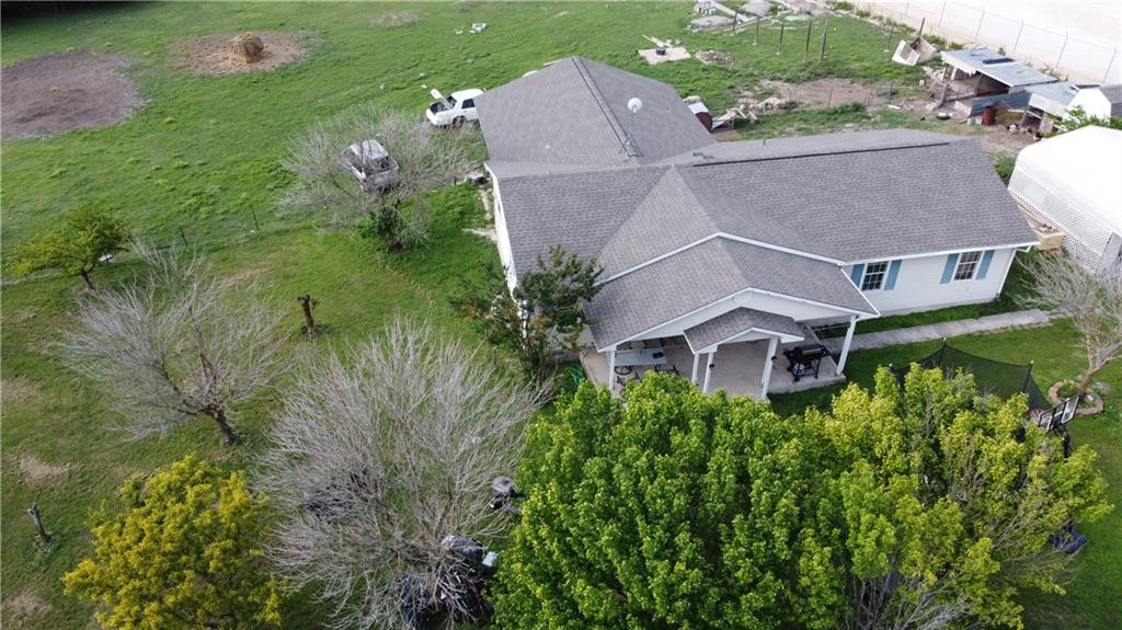 A fixer upper with a great floor plan, pier and beam home. Location, location, location - this property has a lot of potential with the large lot size and privacy.