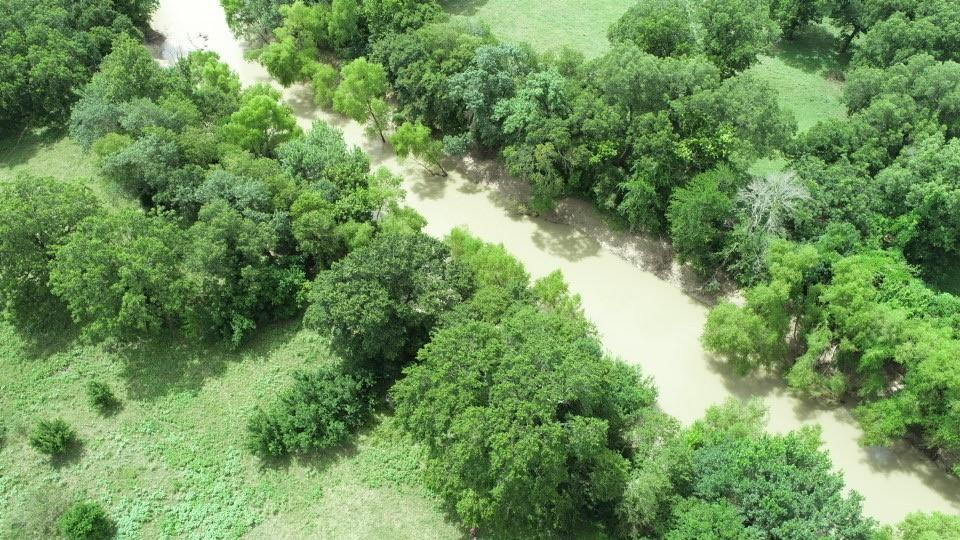 RIVER Property!!  Beautiful acreage with Little River frontage in Milam County! Spring fed pond, pecan and large oak trees scattered throughout.  Great place to build a weekend retreat or forever home!  Very Rare find!  Electricity and water available.