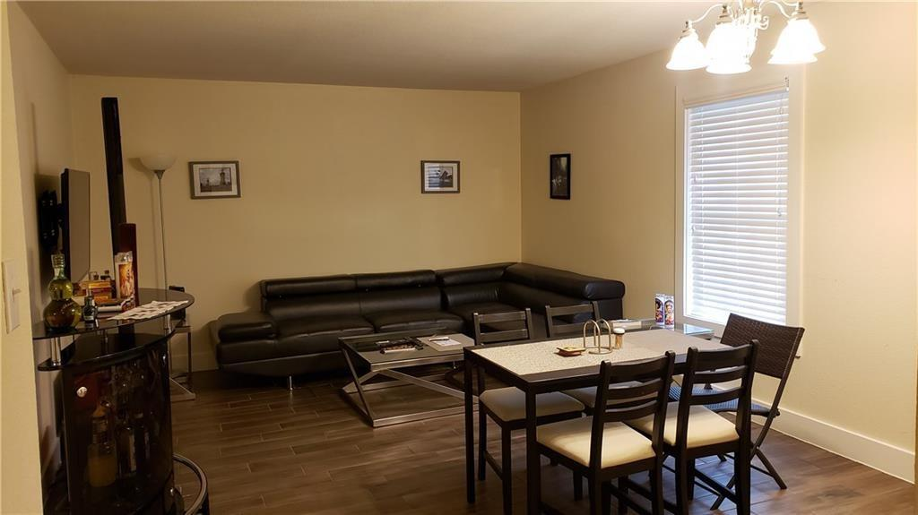 This unit is perfect for Student Housing about an 8-minute drive to campus. Please text the tenant for scheduling.