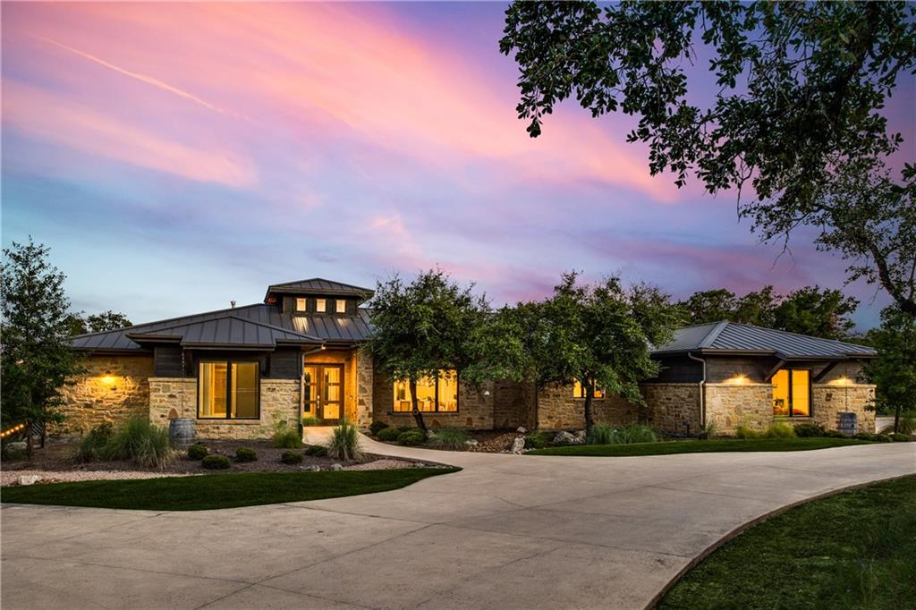 2100 Ruffian Heights LN, Spicewood, TX 78669