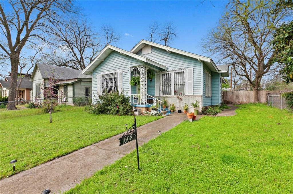 Once in the lifetime opportunity to purchase in the hottest area in Austin!  House is liveable to highest and best use is probably a new structure or even dupex/triplex.  Alley access!  **** Please note this is an estate sale, sellers will need a 120 day lease back at closing for $1.  No interior access until contract has been accepted, please DO NOT bother residents or access the property.  Drive by and walk the permieter and youll see the opportunity here! ****