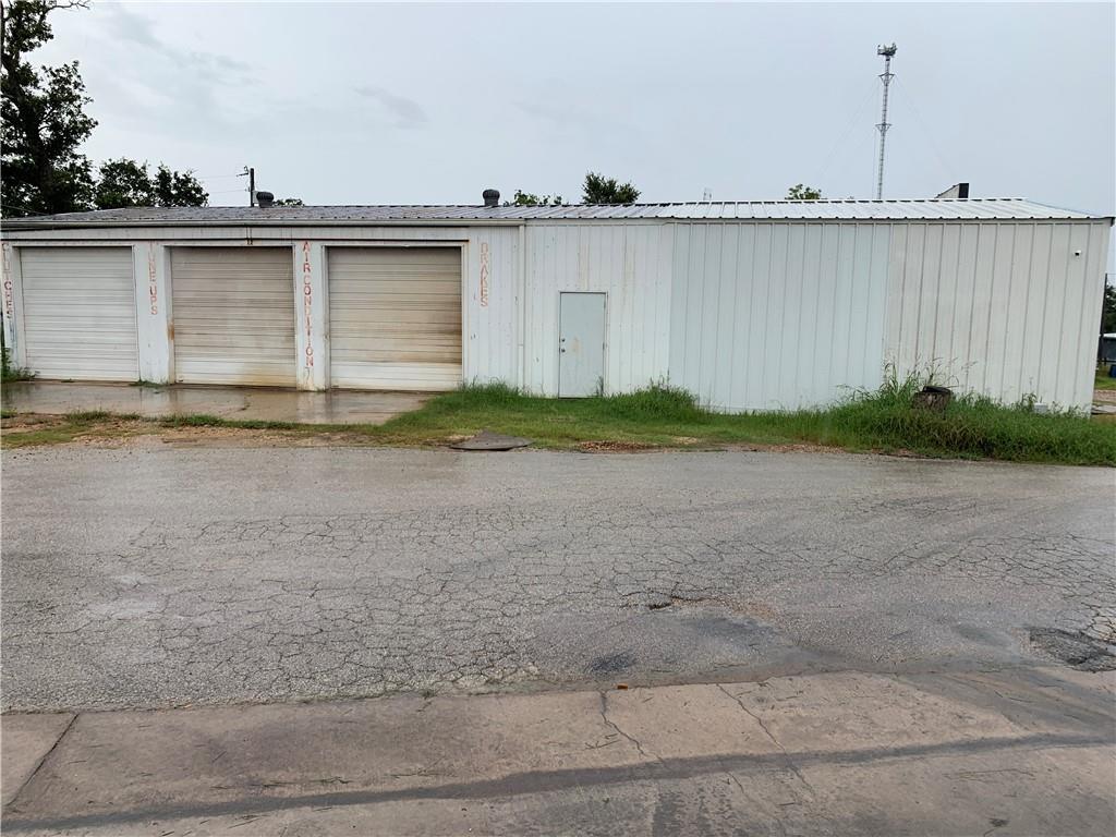 227 Blue Flame RD, Cedar Creek, TX 78612