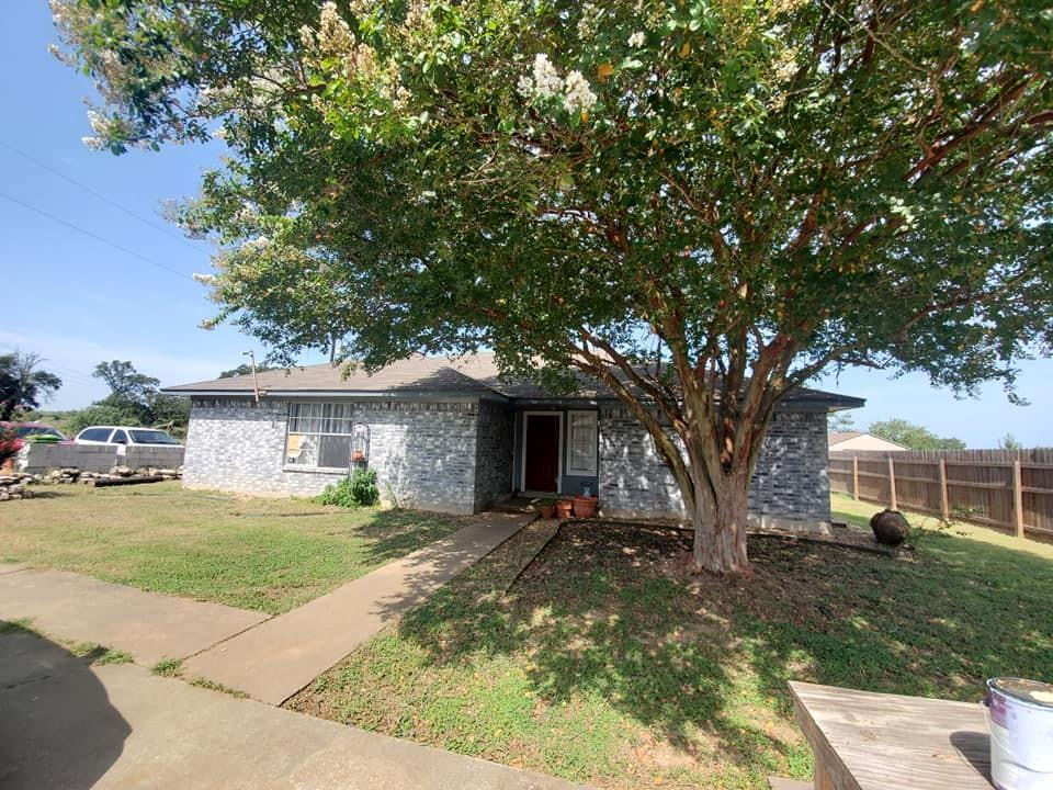 108 Red Robin RD, Red Rock, TX 78662