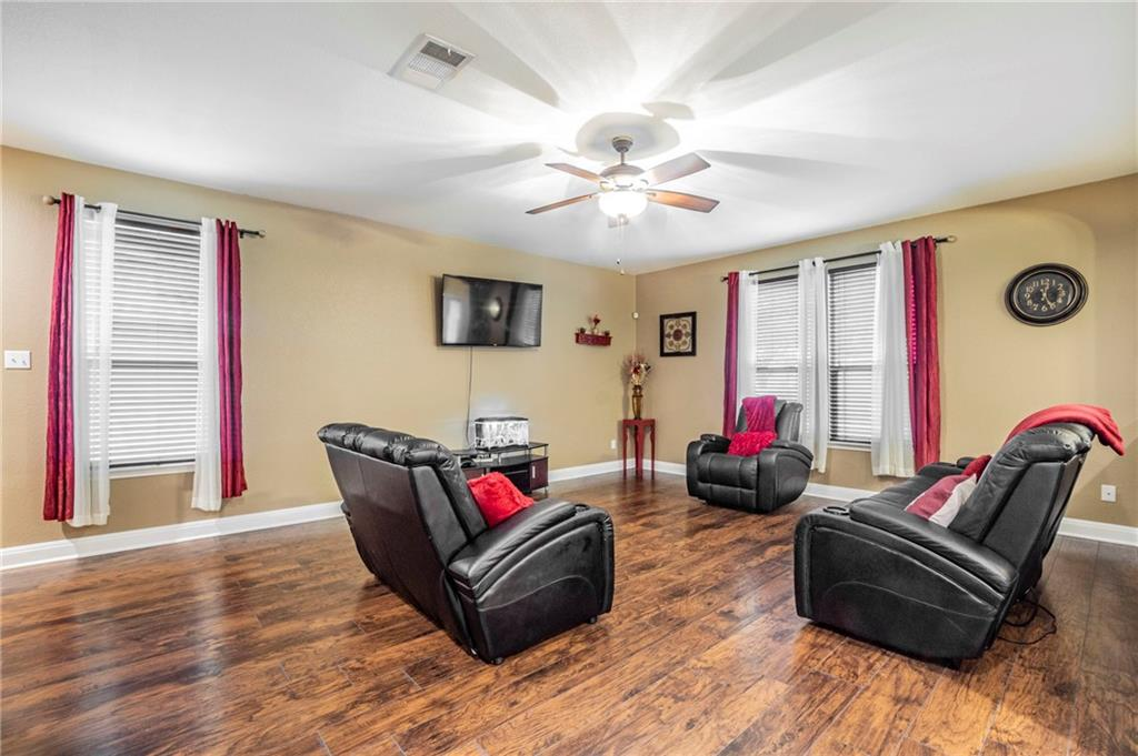 609 Big Bend TRL, Williamson, Texas 76574, 3 Bedrooms Bedrooms, ,2 BathroomsBathrooms,Residential,For Sale,Big Bend,9535315