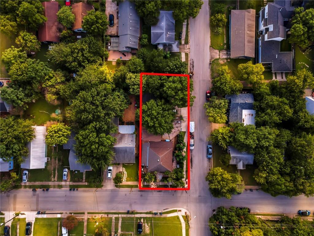 1710 Cedar Ave, Travis, Texas 78702, ,Residential Income,For Sale,Cedar,4230024