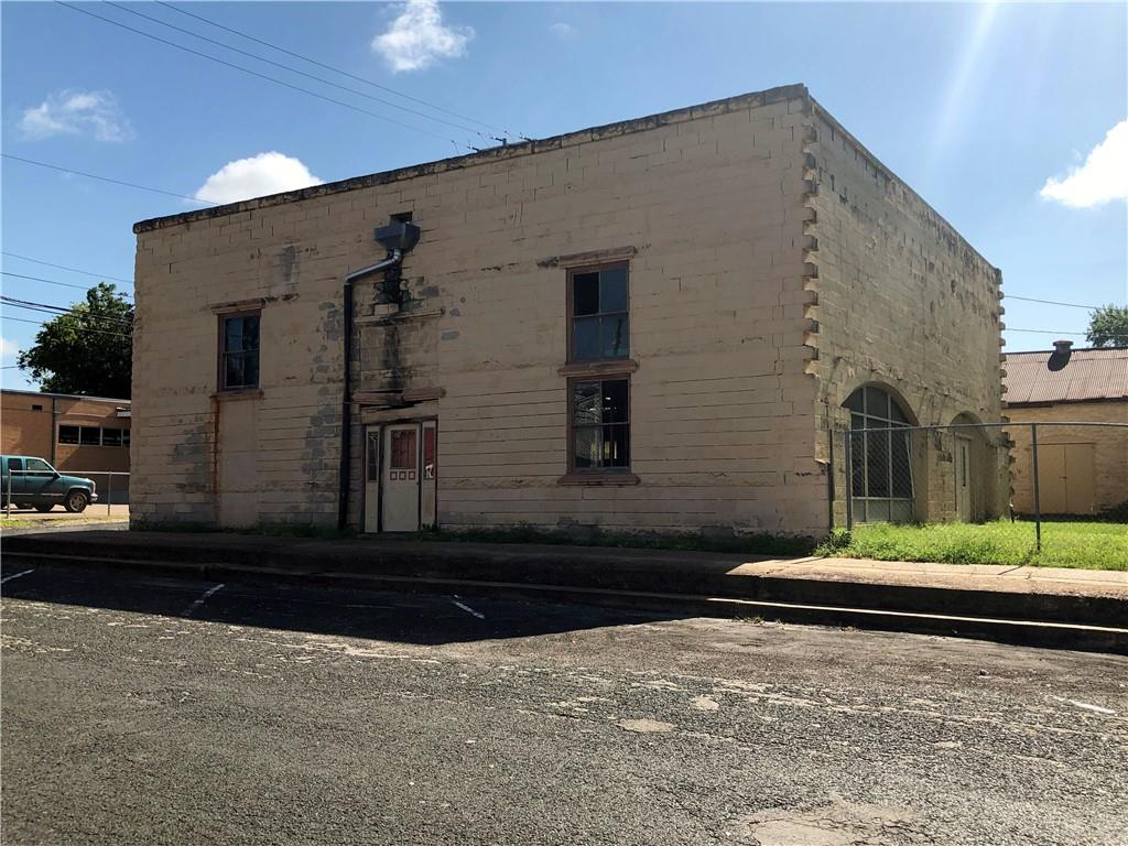 TBD N Wolters Ave, Schulenburg, TX 78956