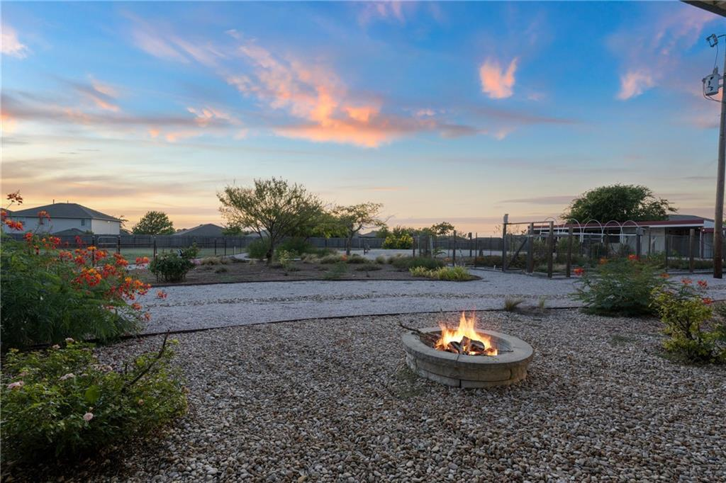 800 County Road 117, Round Rock, TX 78665