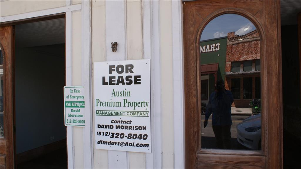 928 main ST, Bastrop, Texas 78602, ,Commercial Lease,For Sale,main,8969789