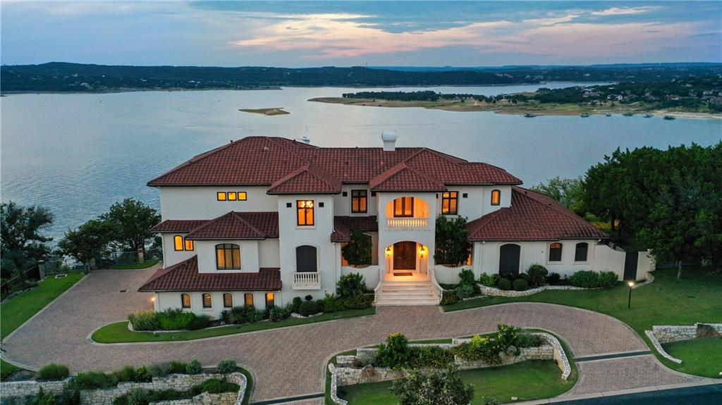 15 Water Front Ave, Lakeway, TX 78734