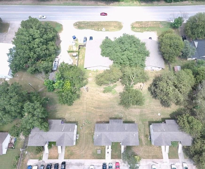 748 Martindale RD, Caldwell, Texas 78666, ,Residential Income,For Sale,Martindale,7503663