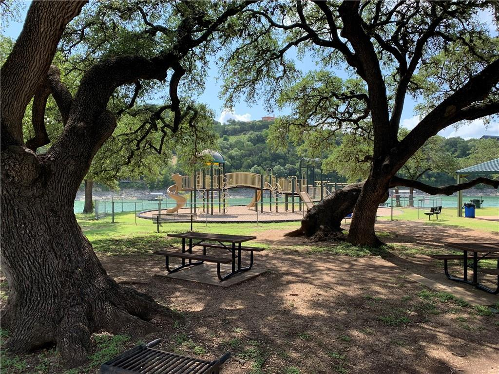 ***Attn investors, builders, and opportunists: 10% PRICE REDUCTION FOR QUICK SALE***Great lot with magnificent trees for you to build your dream home! Close proximity to Lake Travis with access to a boat launch. Located in sought after Leander ISD you will enjoy quiet country living with the benefits of city amenities. The community offers parks and sports courts and is within walking distance of downtown Jonestown with plenty of restaurants and shopping. New construction galore-this neighborhood is HOT HOT-buy now while the price is right!