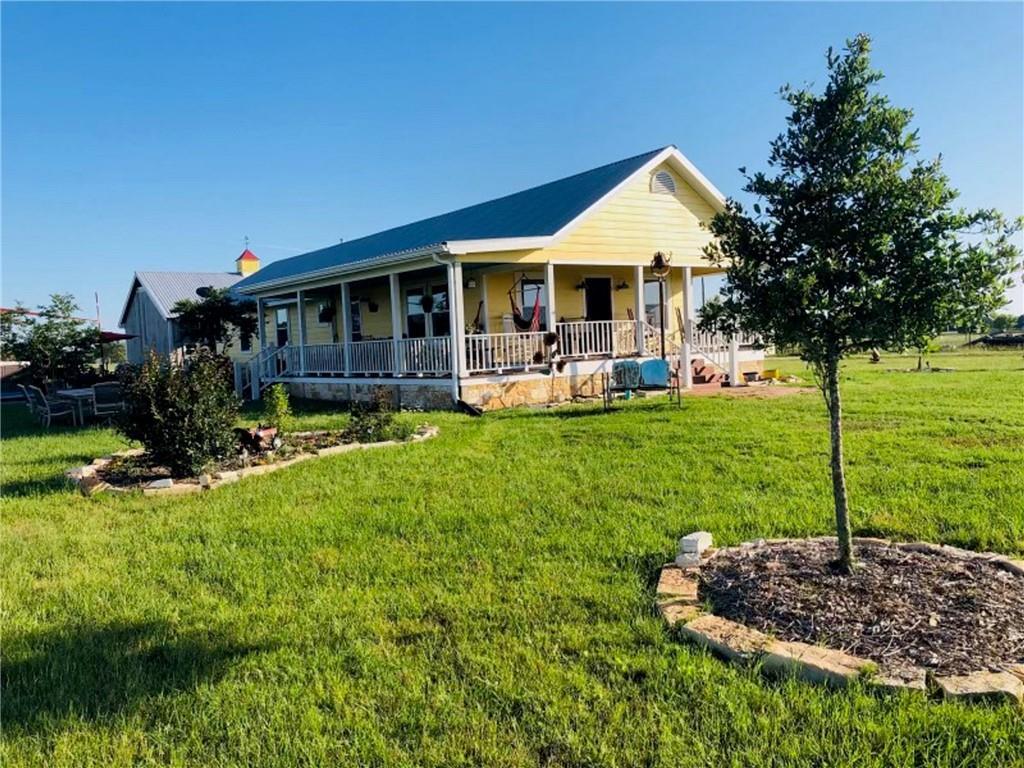 2915 ` Hill's RD, Carmine, TX 78932