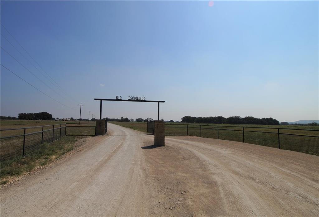 42111 Private RD, Evant, TX 76525