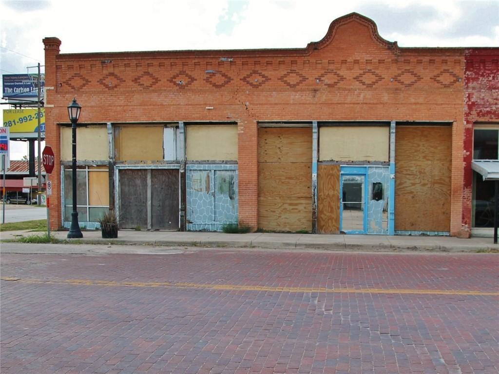 239 E Clark ST, Bartlett, TX 76511
