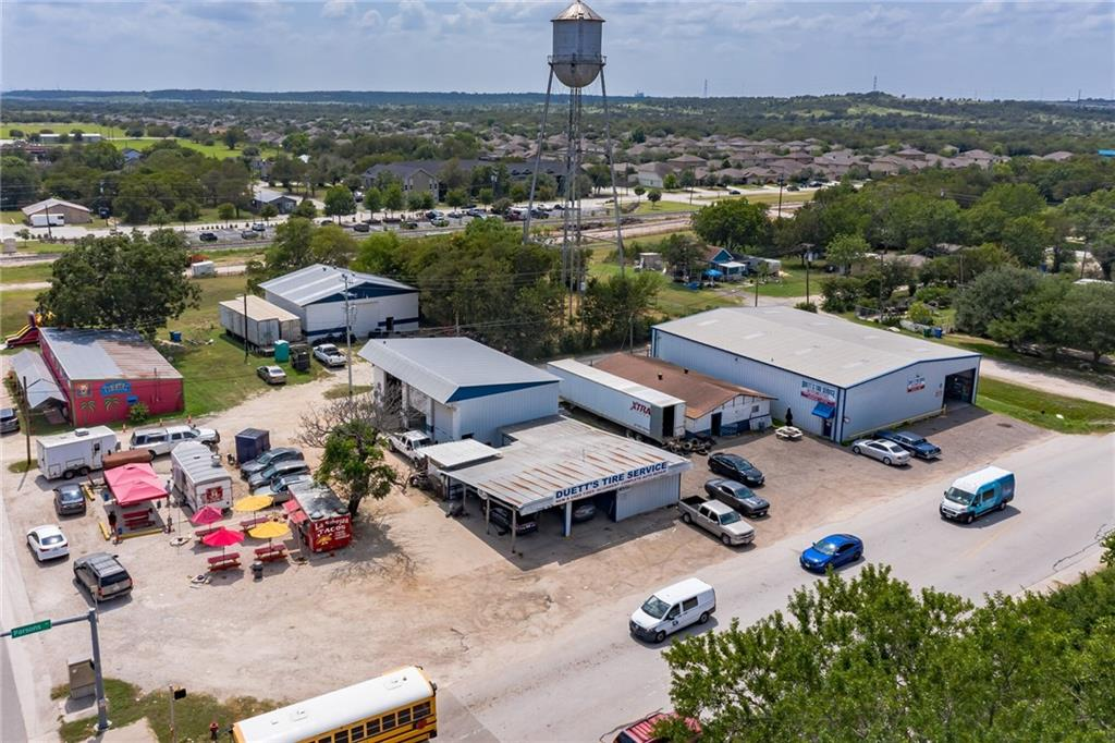 106 W Parsons ST, Manor, TX 78653