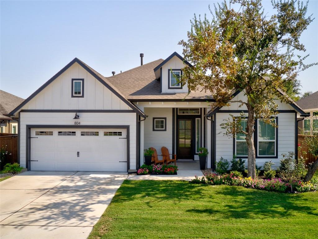 Beautifully crafted Chesmar home with attention to detail wherever you look