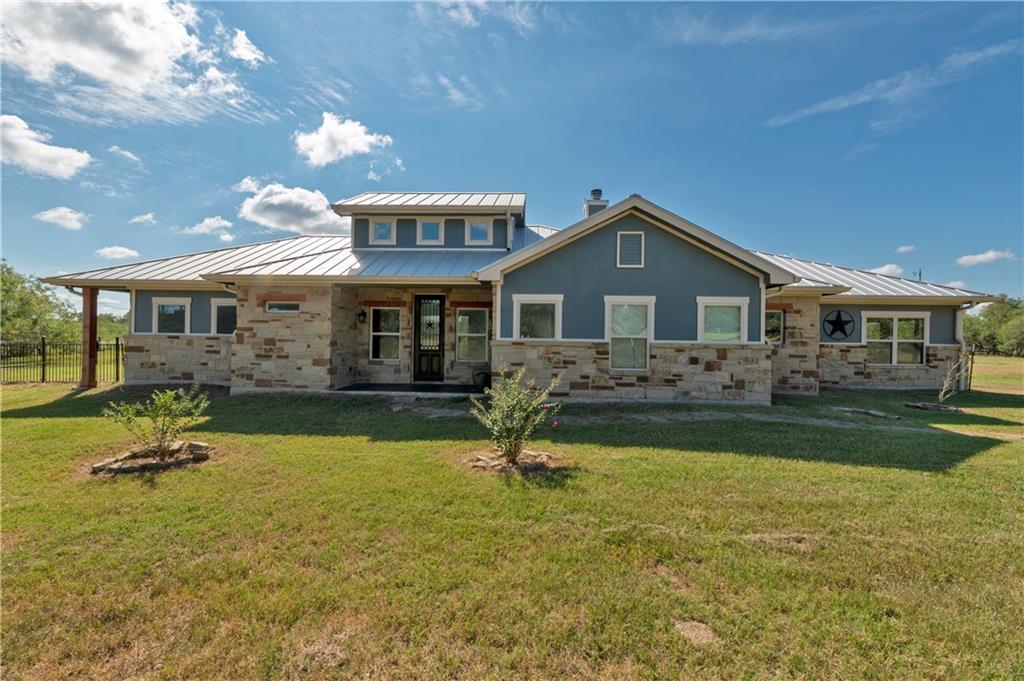 1840 Sandy Creek RD, Red Rock, TX 78662