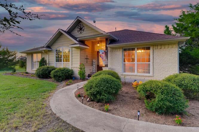 14312 Kimbro West RD, Manor, TX 78653