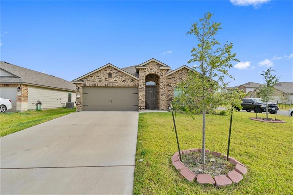 Must see the great single story on this corner lot... Great floor plan--open with lots of natural light , perfect for first time buyers,huge master suite  Great kitchen with  Stainless steel appliances Refrigerator conveys, sprinklers on front clean and ready