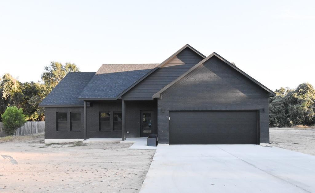 1203 Yokley RD, Rockdale, TX 76567