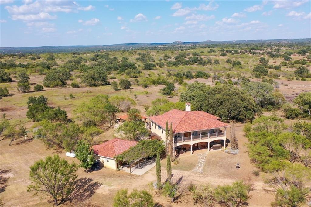 1400 Rocky Hollow DR, Burnet, TX 78611