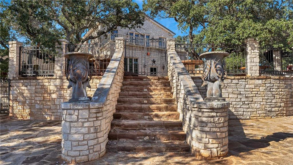 3625 Ranch Road 3347, Round Mountain, TX 78663