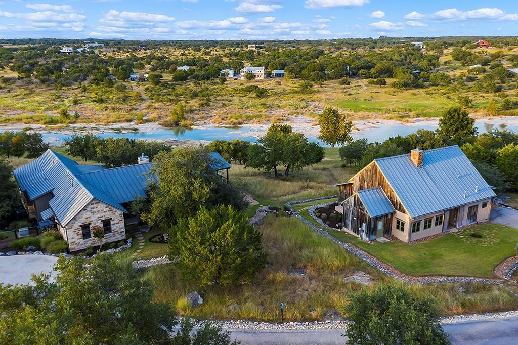 844 Trail Rock RD, Johnson City, TX 78636