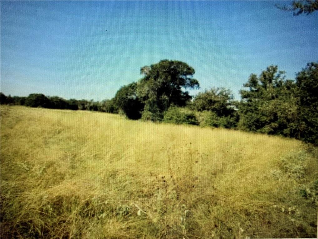 90 acres with about 90% wodded and 10 % open.*Landlocked Seller Reserves Mineral & Water Rights. Surface Agricultural Licenses on properties with 30 day notice for termination.