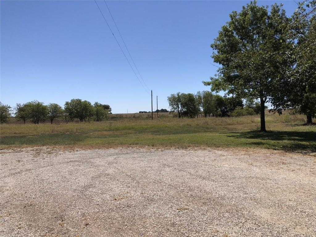 Very  rare to find 11 Acres land with 2000+sq ft single home in Hutto, Approve for redevelopment to be built condo or town house up to 120 unit