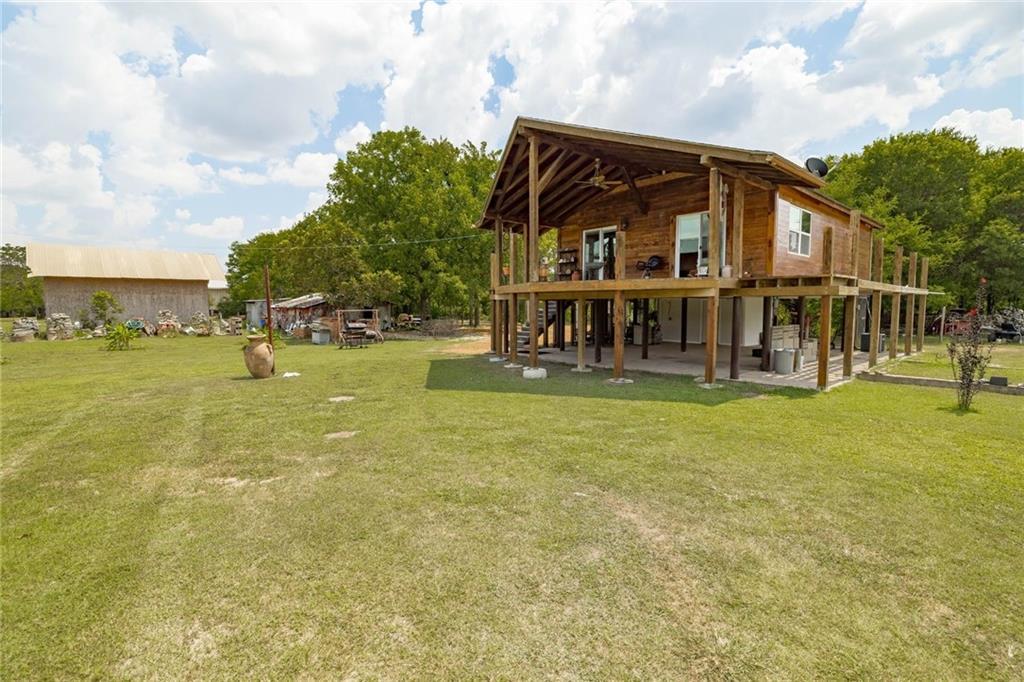250 N Bear Creek TRL, Liberty Hill, TX 78642