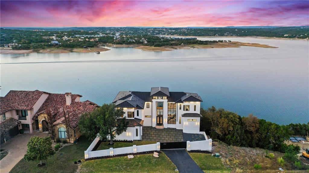1212 Watercliffe DR, Lago Vista, TX 78645