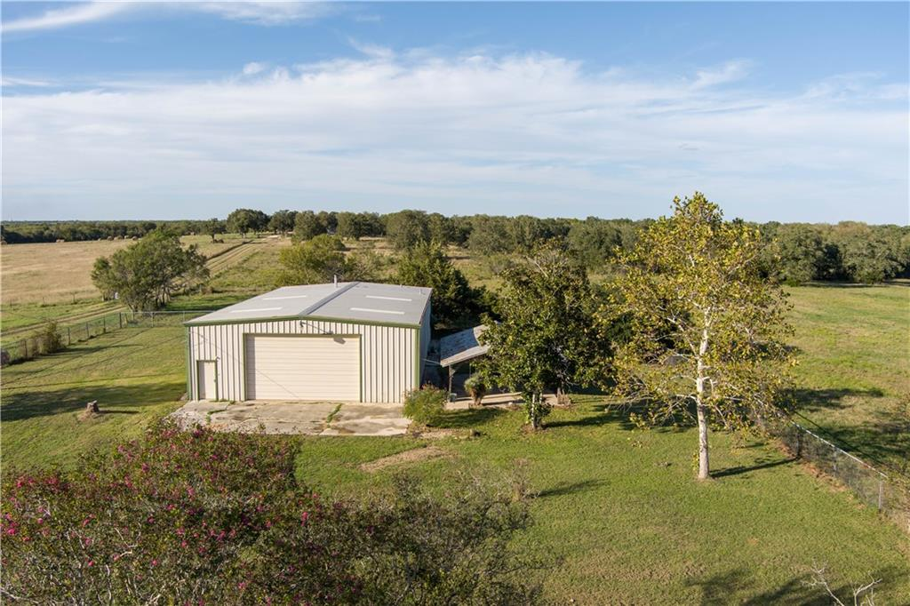 314 Santa Rita RD, Dale, TX 78616