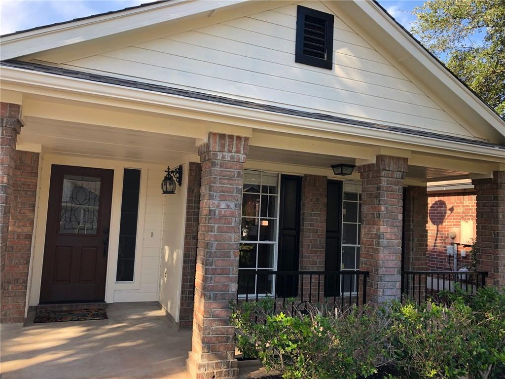 Downtown Cedar Park sits this cozy home.  Close to the toll roads and upcoming development of the Domaine shopping center . Walk to the park and jogging trails.  Walk to IHop or Blue Corn Harvest for breakfast. Lots of updates including new A/C & Hot water heater July 2021  Built in cabinets and counter top in garage for storage & workspace.