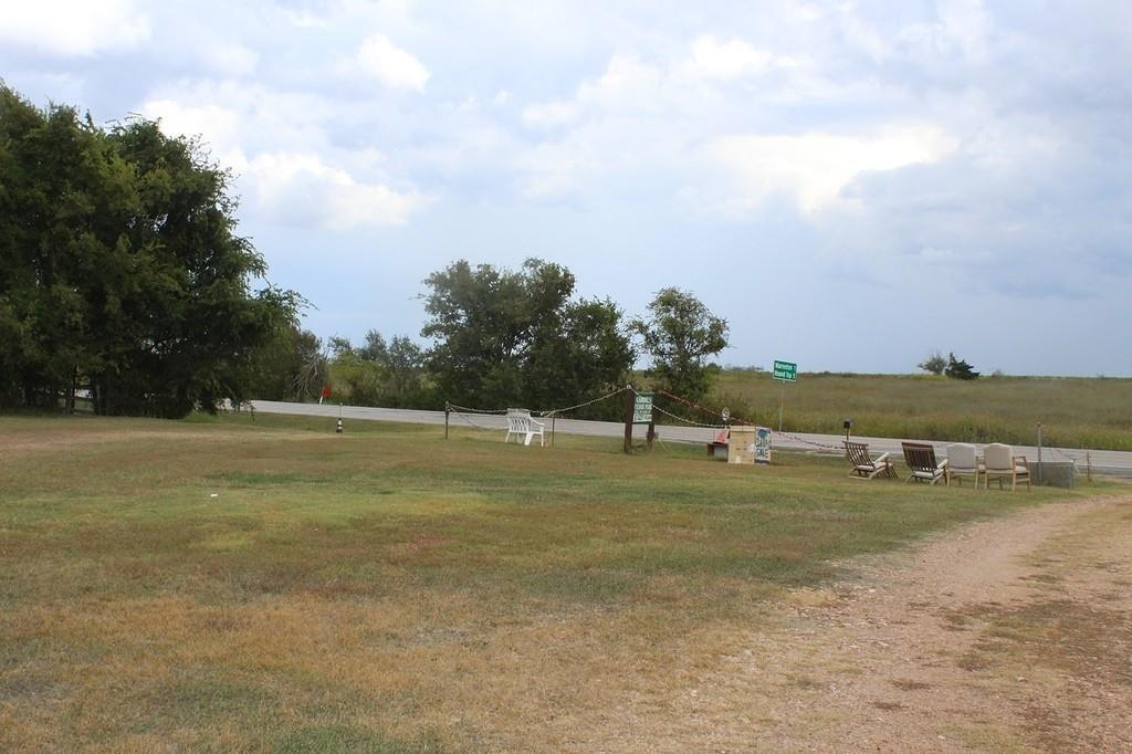 4924 S State Highway 237, Round Top, TX 78954