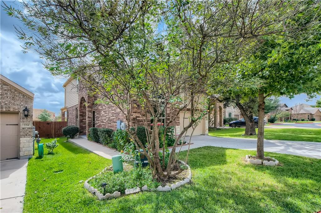 Feel right at home in this lovely 4 bedroom, 3.5 bathroom home in the beautiful Preserve at Mayfield Ranch community! Admire stunning wood-like flooring and vaulted ceilings that greet you upon entry. Pass through archways and enter the open concept living area, including a luxurious eat-in kitchen equipped with stainless steel GE appliances, stone countertops, a large pantry, and an oversized island with a breakfast bar. Relax and unwind in the privacy of a main floor primary suite, featuring a spacious closet and an en suite bathroom with an expansive dual sink vanity, a soaking tub, and a separate tiled shower. Venture upstairs and be amazed by an enormous bonus room and additional sun-filled bedrooms. Entertaining is a breeze with the covered patio and the fully fenced backyard. Enjoy the ease of quick access to shops, schools, restaurants, Southwest Williamson County Regional Park, Sendero Springs Pool, and I-35!