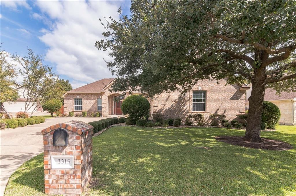 Beautiful single story, 3 bedroom/ 2.5 bathroom home in the sought-after River Bend neighborhood with no HOA. The entry welcomes you into the formal living and dining area and immediately you see the lush backyard.  The kitchen opens into the family room which is tucked away for privacy. The family room has built-in bookshelves and cabinetry creating an abundance of additional storage.  The oversized primary bedroom has bay windows and space for a  sitting area.  The additional room in the primary bath has endless possibilities-exercise/craft/dressing room or private office.  The backyard is your own personal oasis. The covered back porch has dual ceiling fans and a gas connection for a grill.  Large trees, gardens, flowers, and plants create a peaceful atmosphere for relaxation.