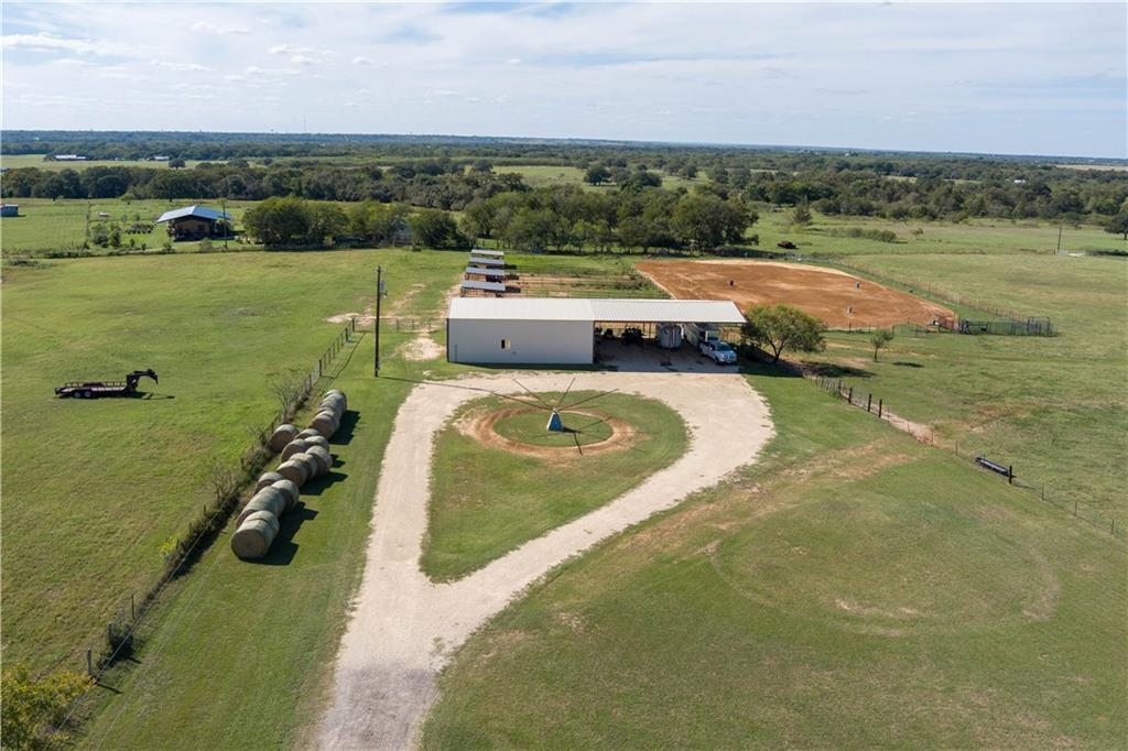 2542 Witter RD, Lockhart, TX 78644