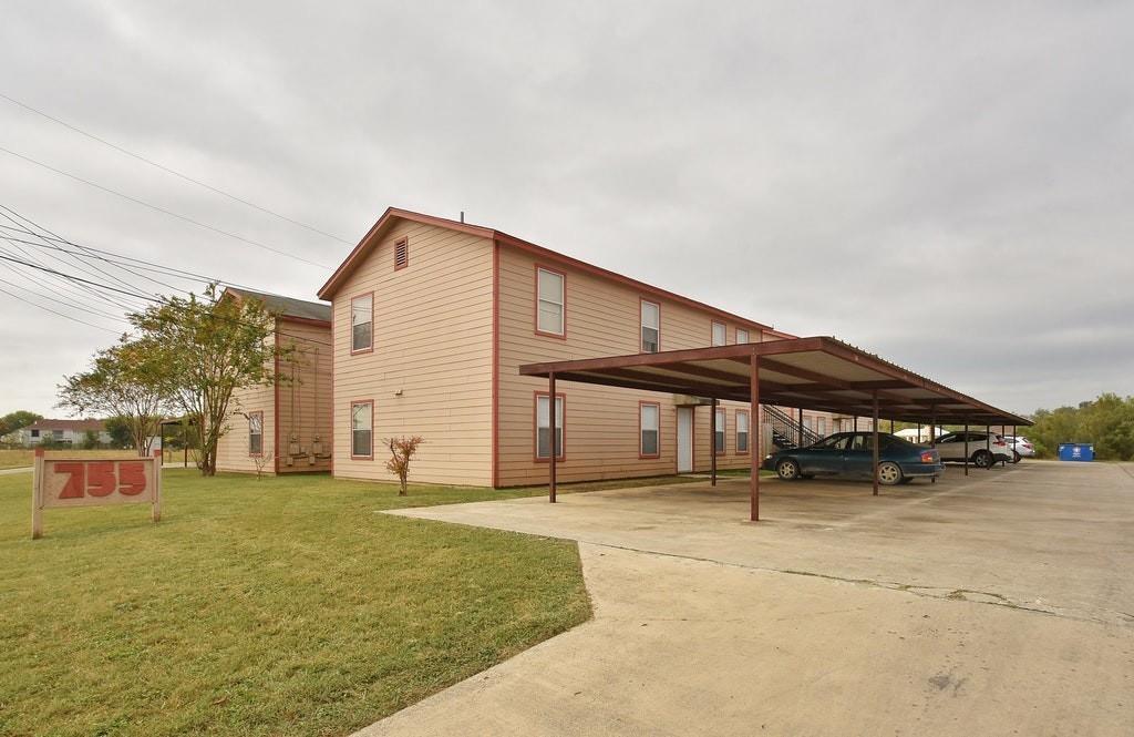 755 River RD, San Marcos, TX 78666