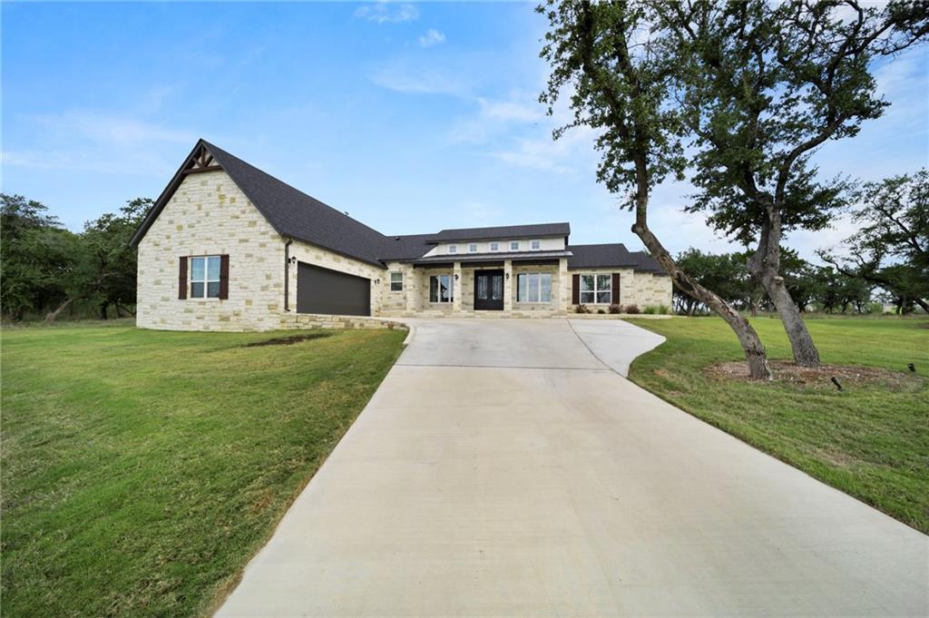 8 Lakeview Estates DR, Belton, TX 76513