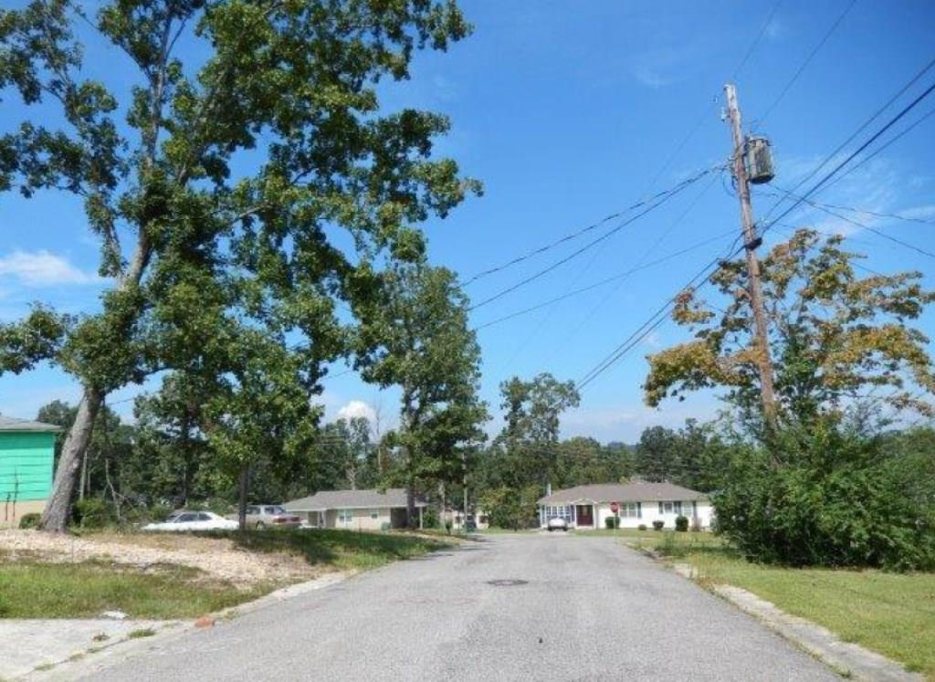 2808 9th ST NE, Out of State, AL 35215